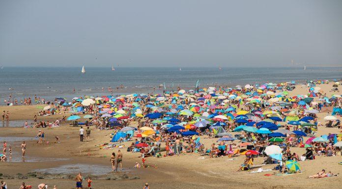 drukte op het strand van katwijk katwijk nieuws actueel rijnsburg